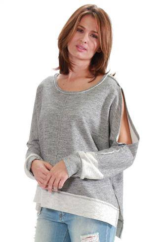TOP WITH SLIT SLEEVES