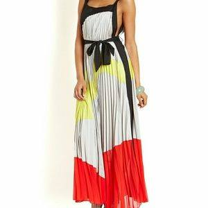 GRACIA PLEATED COLOR BLOCK