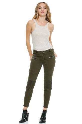 JEGGINGS W/3 ZIPPER PKTS & KNEE PLEATS