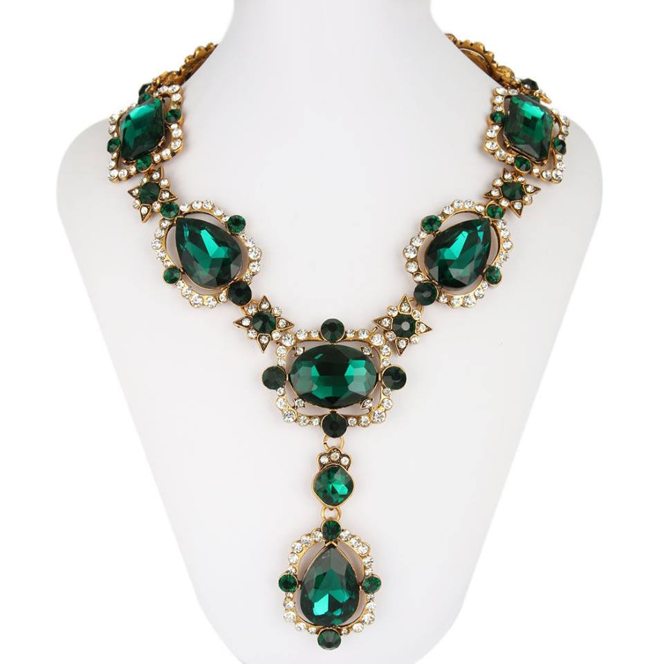 18K GOLD EMERALD NECKLACE