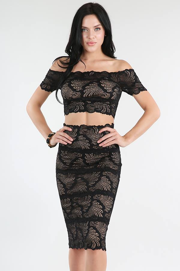 OFF SHOULDER FAN-LACE SET