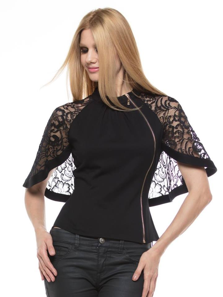CHIFFON AND LACE CAPE TOP