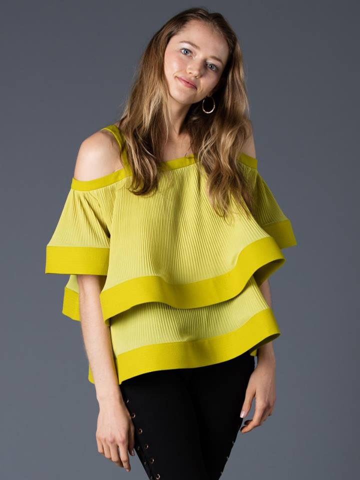 CHIFFON PLEATED TOP